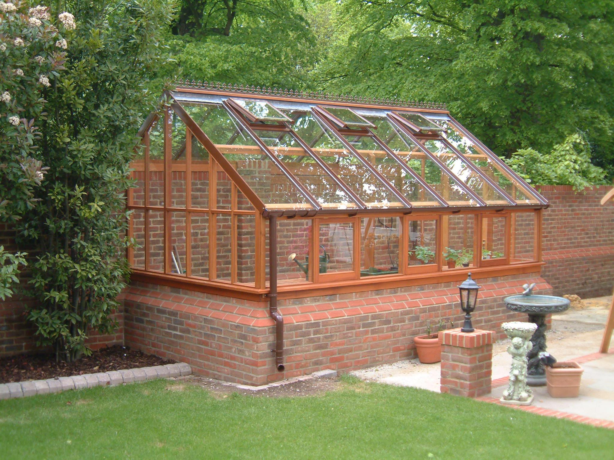bespoke_cedar_greenhouse